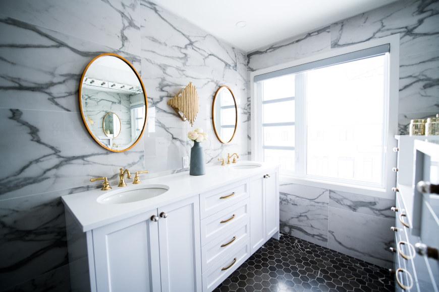 kleines-bad-einrichten-bad-dekorieren-spiegel