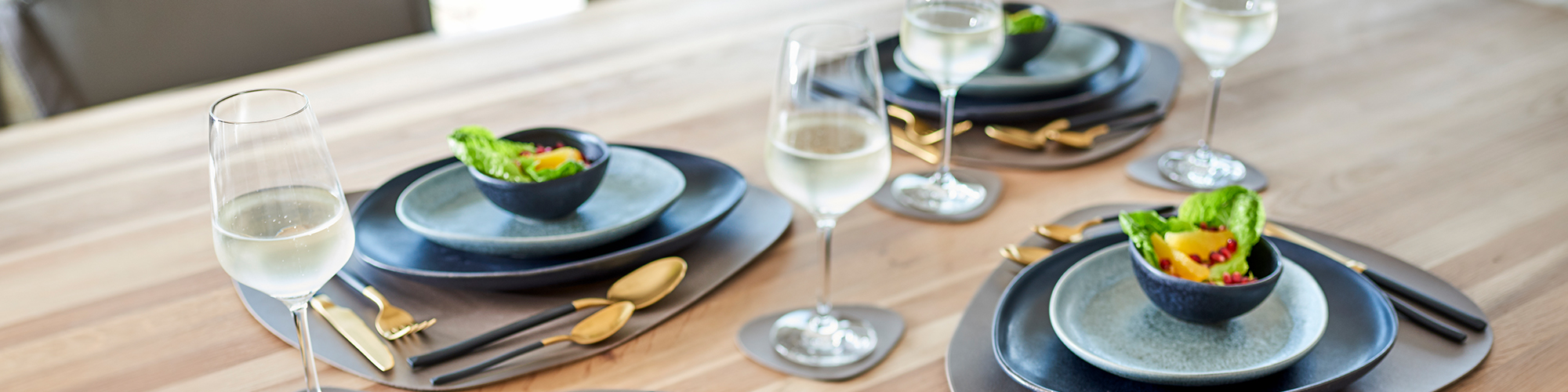 Platzsets und weitere Produkte für den liebevoll gedeckten Esstisch